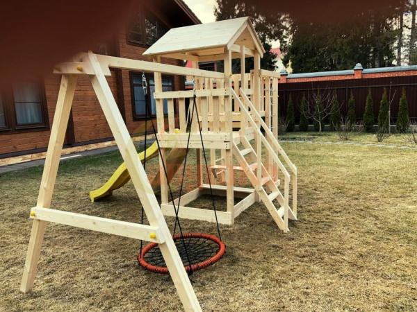 Детская площадка Савушка Мастер 3 с качелями Гнездо 1 метр фото